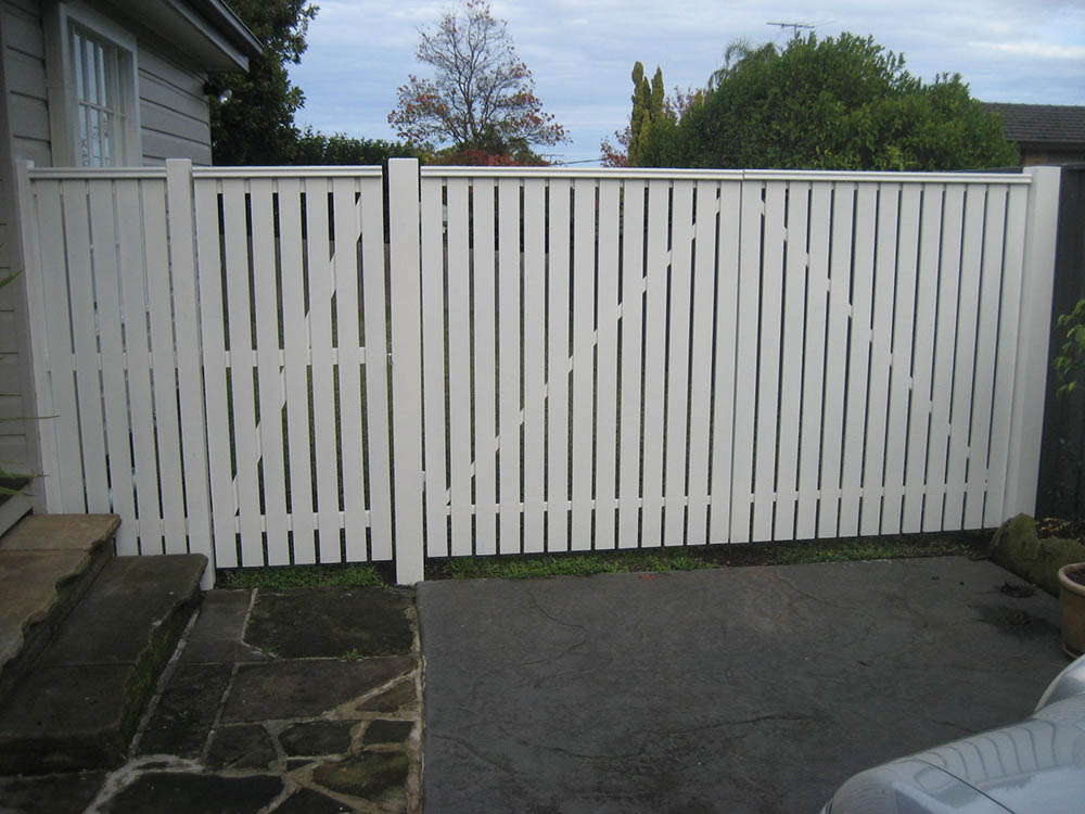 Timber Gates Amp Fencing Thomsons Outdoor Pine